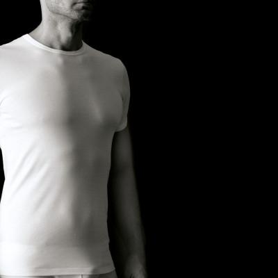 Мужская футболка из хлопка с круглым вырезом