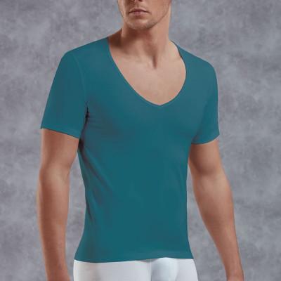 Мужская футболка с V-образным вырезом